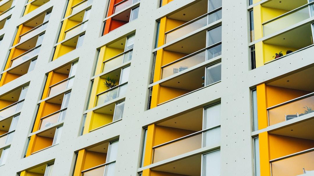 ¿Pagan cuota de gastos comunes los balcones y terrazas?
